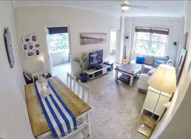 Cosy Beach Style Appartment - Manly - Byt