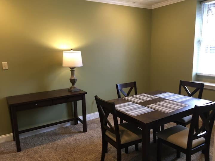 Furnished apartment in Greensburg