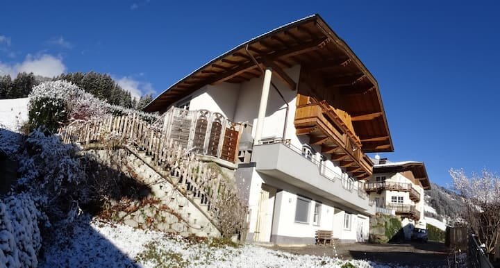 """App 6 persons"" in the Apartment House Alpenjuwel near several Ski Resorts with Wi-Fi, Balcony & Private Terrace; Parking Available"