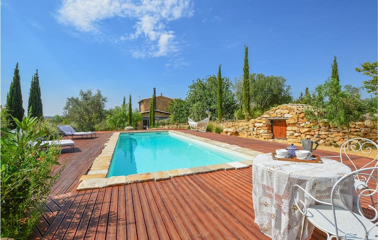 Holiday cottage with 2 bedrooms on 200m² in Pietraperzia (EN)