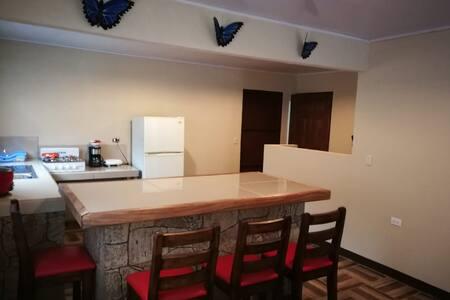 Casa en finca privada- Toro River Lodge