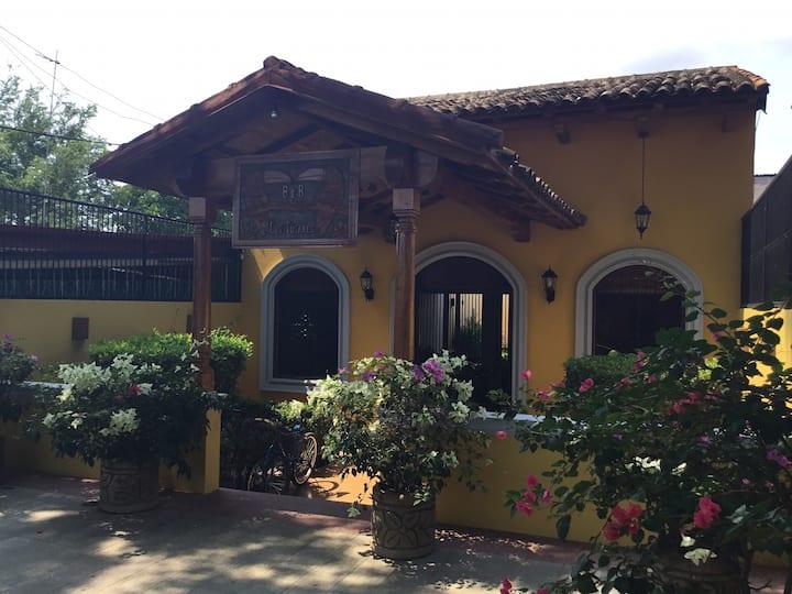 BnB Los Tucanes/ Style colonial et chaleureux