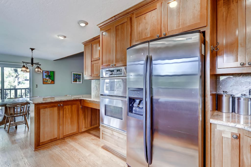 Newly remodeled kitchen, everything you need when cooking for a group