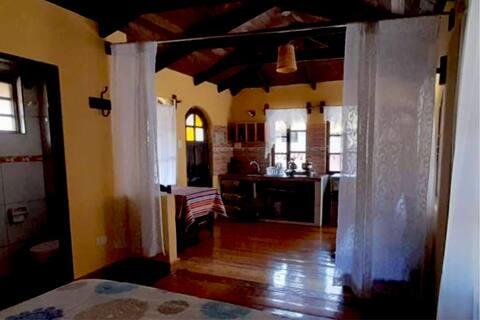 PaqarinaSuite, con baño, cocina y salón, todo en 1