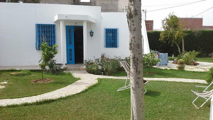 Maisons traditionnelles tunisiennes avec Jardin