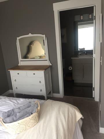 Cozy-private-comfortable