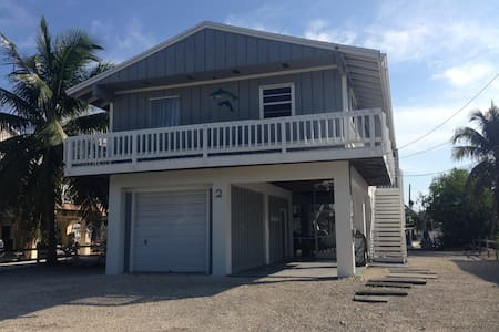 Wonderful Getaway!  Key Largo Paradise Pool Home - Key Largo