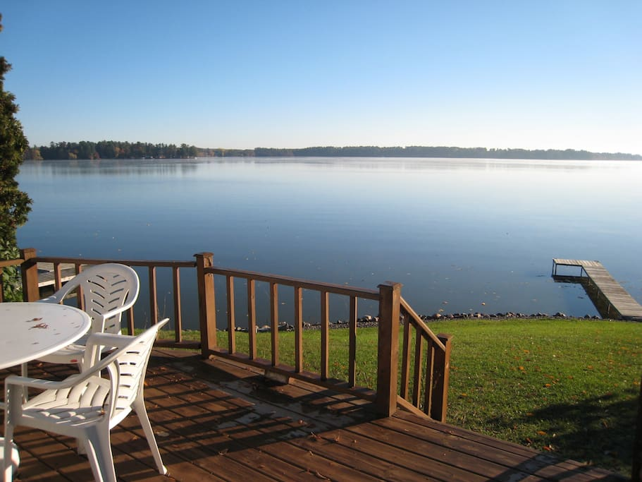 Cozy lakefront cottage cottages for rent in chetek for Good places to go fishing near me