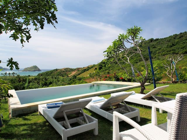 Blue Monkey villas for 4 person with ocean view - Pujut - Villa
