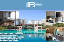 Breeze condo huge pool near largest Shopping Mall
