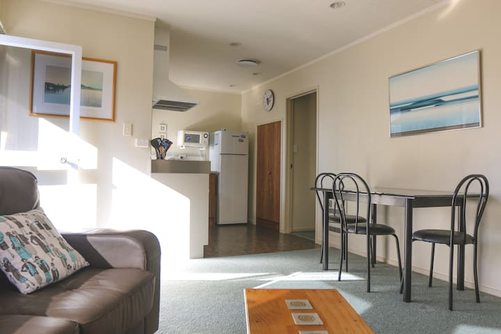 Beach Accommodation - Ohope - Daire