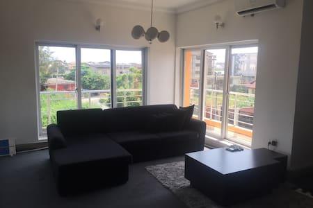 Entire Modern Serviced Apt in Lekki - Lekki Phase 1 - 公寓