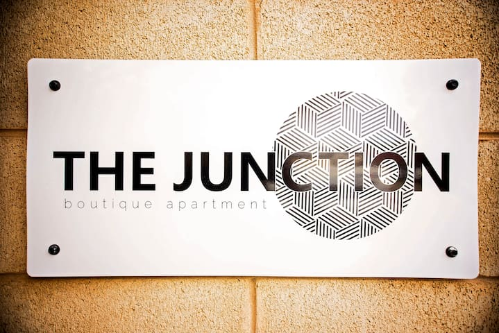 THE JUNCTION BOUTIQUE APARTMENT