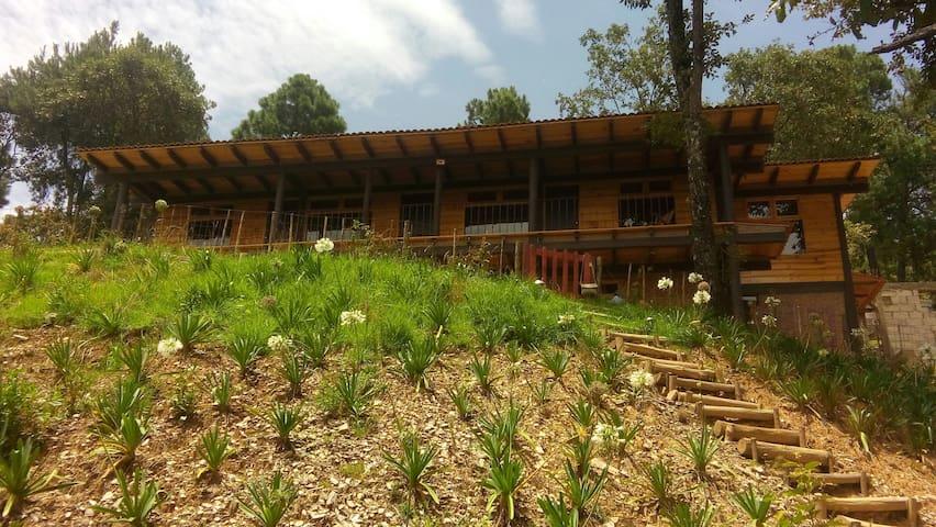 Cabaña TAITE : Un lugar para relajarte y disfrutar