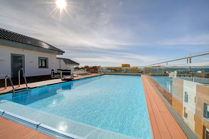 Centric Apartment with Pool - SimplyTarifa