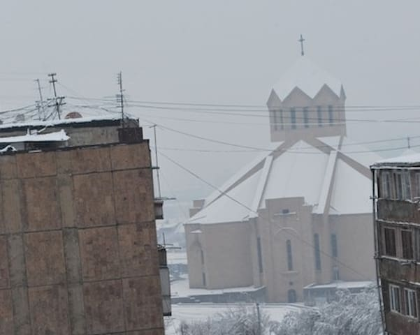 Sunny apart. with view to Saint Gregory  Cathedral - Jerewan - Wohnung