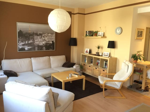 2 Rooms-60 m² - Central in the Heart of Cologne! - Köln - Daire