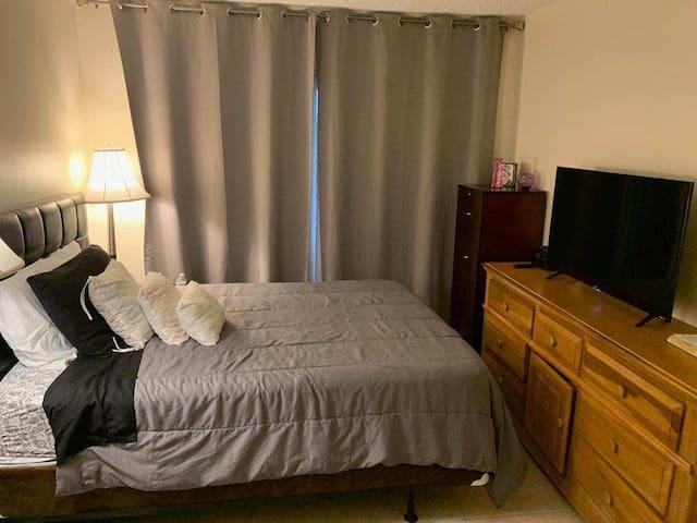 Excelente quarto