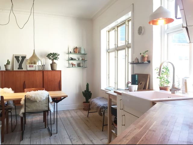 Bright and spacious apartment in central location - Copenhague - Departamento