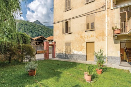 Holiday apartment with 1 bedroom on 68m² in Varallo Sesia -VC-