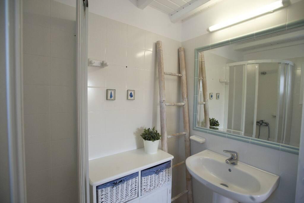 Bathroom in first floor