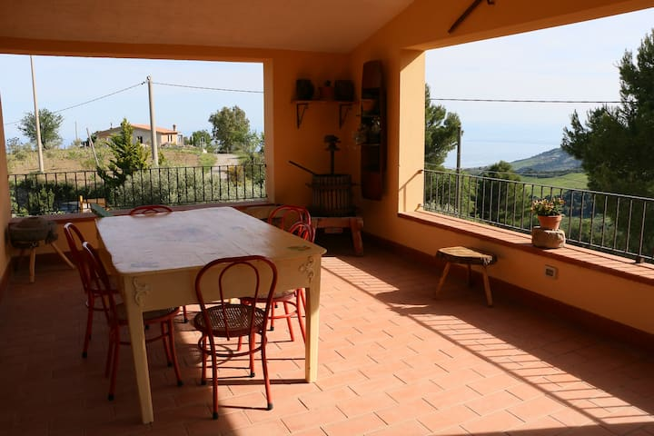 "B&B ""il vigneto"" splendia vista mare e relax - Albidona - Bed & Breakfast"