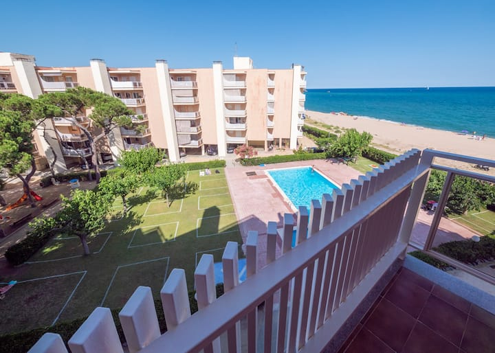 OS HomeHolidaysRentals Sira- Costa Barcelona