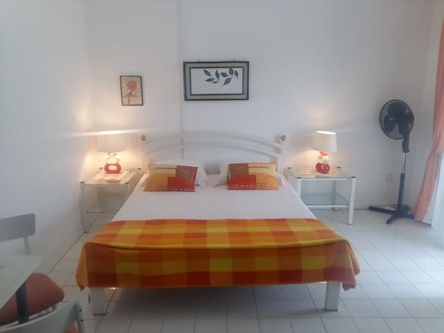 Double room with small kitchen with the sea view