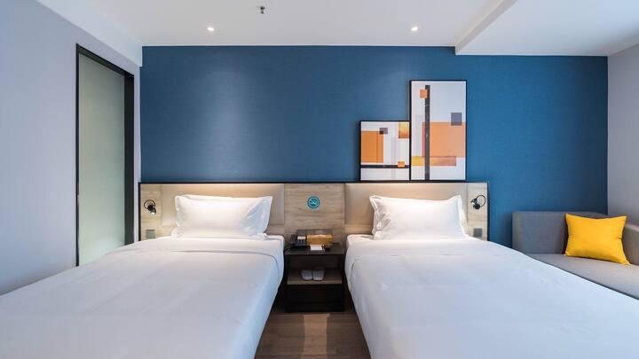 Vyluk•J蔚徕酒店山东国际会展中心商务双床房