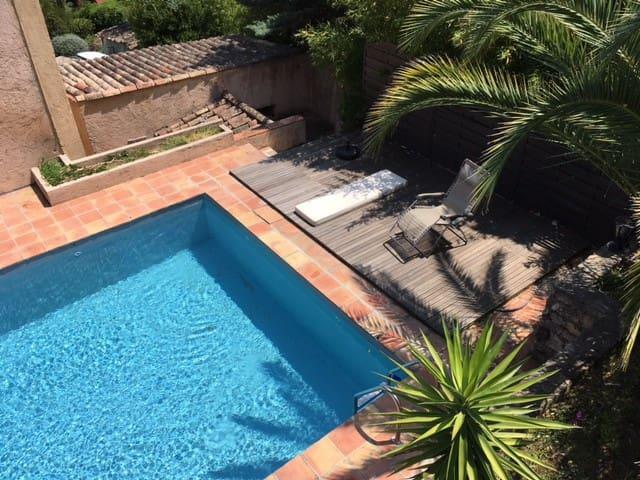 Bedroom+bath+winter garden in House+pool  Valbonne