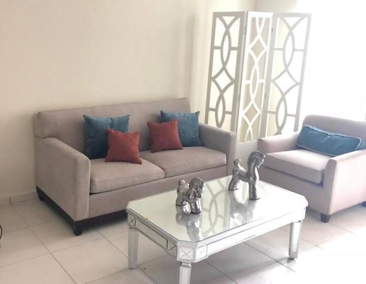 Elegante y clásico apartamento de 2 habitaciones