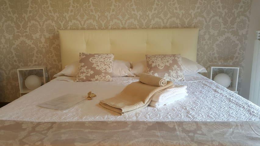 Attic Luxery Room