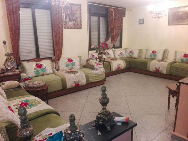 3 chambre 1 douche - tv- wifi- - Casablanca - Maison