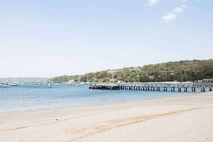 2 Bedroom Luxury Apt on Balmoral Beach