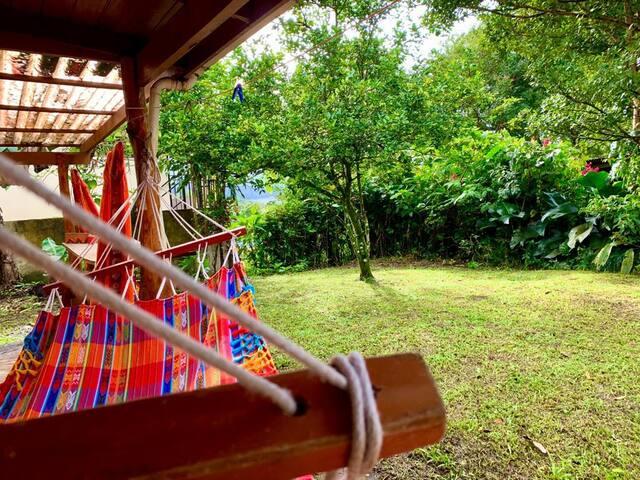 Cozy Green Room near to Arenal Lake CASA AIRELIBRE