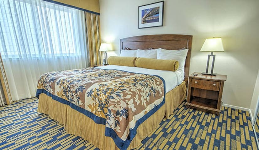 Fisherman's Wharf Two Bedroom Suite