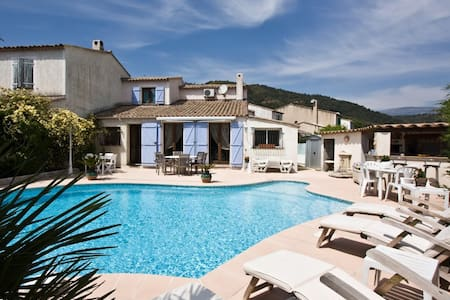 villa 3 chambres avec piscine - Auribeau-sur-Siagne - Rumah