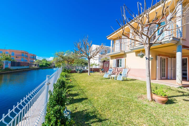 VILLA ROSA - Chalet for 6 people in Port d'Alcudia.