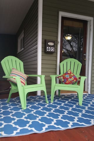 Downtown Charmer Amenities Galore! - Grand Haven - Casa
