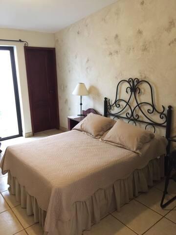 Hotel Rizo - NI - Bed & Breakfast