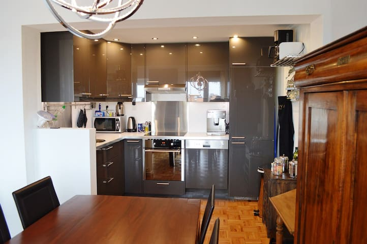 Superb Apartment 2 bedrooms 4 pers fully equipped - Charleroi - Lägenhet