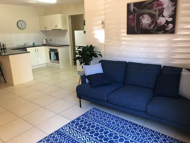 Peaceful 2 bed apartment in East Toowoomba