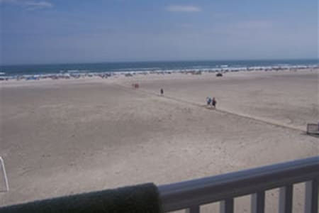 1BR/1BA Condo with Ocean Views!! - Wildwood Crest