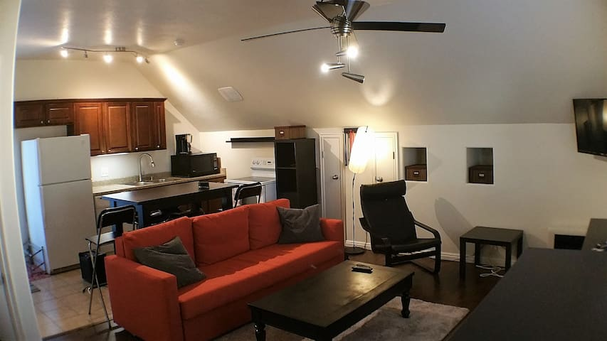Private Studio Guesthouse in Premier Community - South Jordan