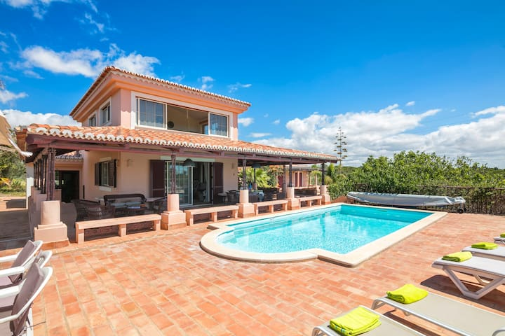 beach/country villa praia da marinha with sea view