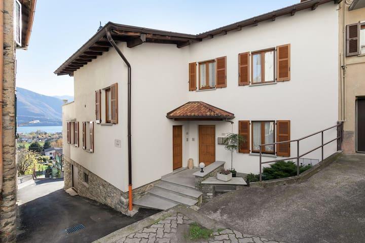 Apartment with Garden & Parking in Consiglio di Rumo
