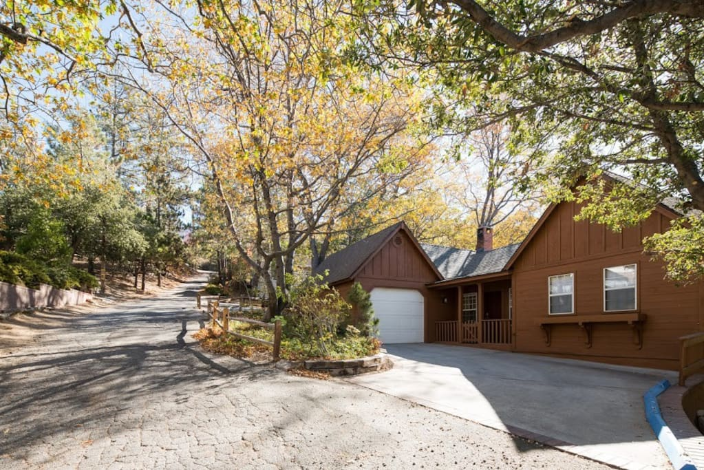Swedish meadows cabin cabins for rent in lake arrowhead for Cabins in lake arrowhead ca
