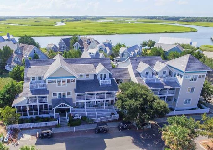 Bald Head Island - Marsh Harbour Inn - B&B - Bald Head Island - Bed & Breakfast
