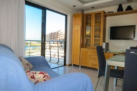 Seafront Apartment - Marsalforn - Lejlighed