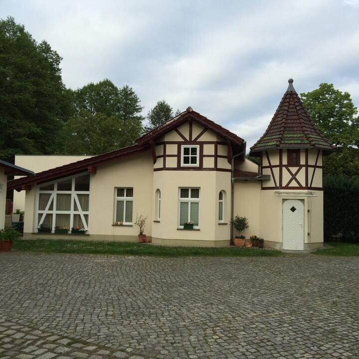 Idyllisches Gästehaus direkt am Mellensee